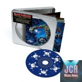 Final Frontier (Deluxe Edition)